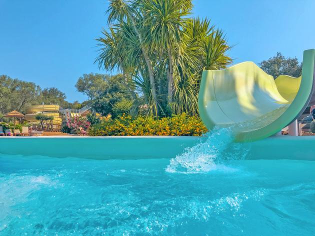 piscine tobbogan pertamina